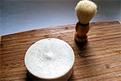 Помазок, мыло и крем для бритья